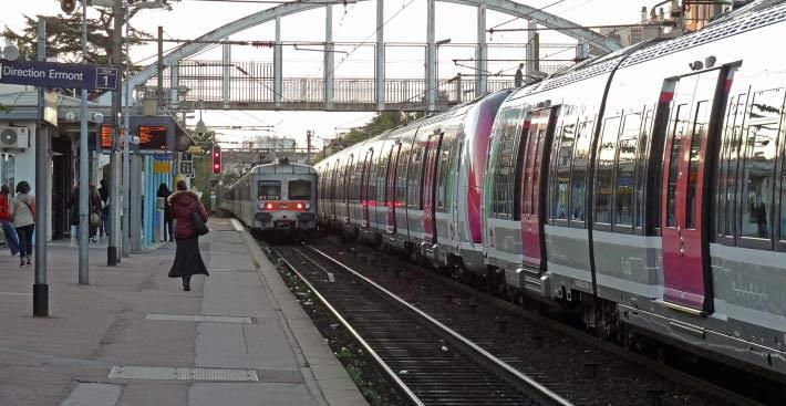 Gare-dEnghien-les-Bains-SNCF_00004_00000